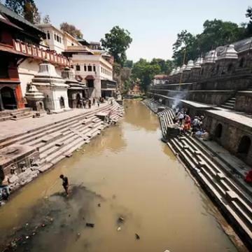 Laurent Anstett : Pashupatinath, un site religieux emblématique de la question des usages de l'eau
