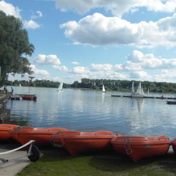 Veronica Mitroi : Les lacs (péri)urbains franciliens – entre «infrastructures urbaines» et «infrastructures naturelles»