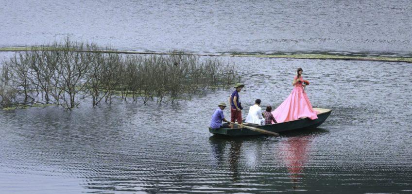La phot'eau insolite de la semaine : «Bride on boat»